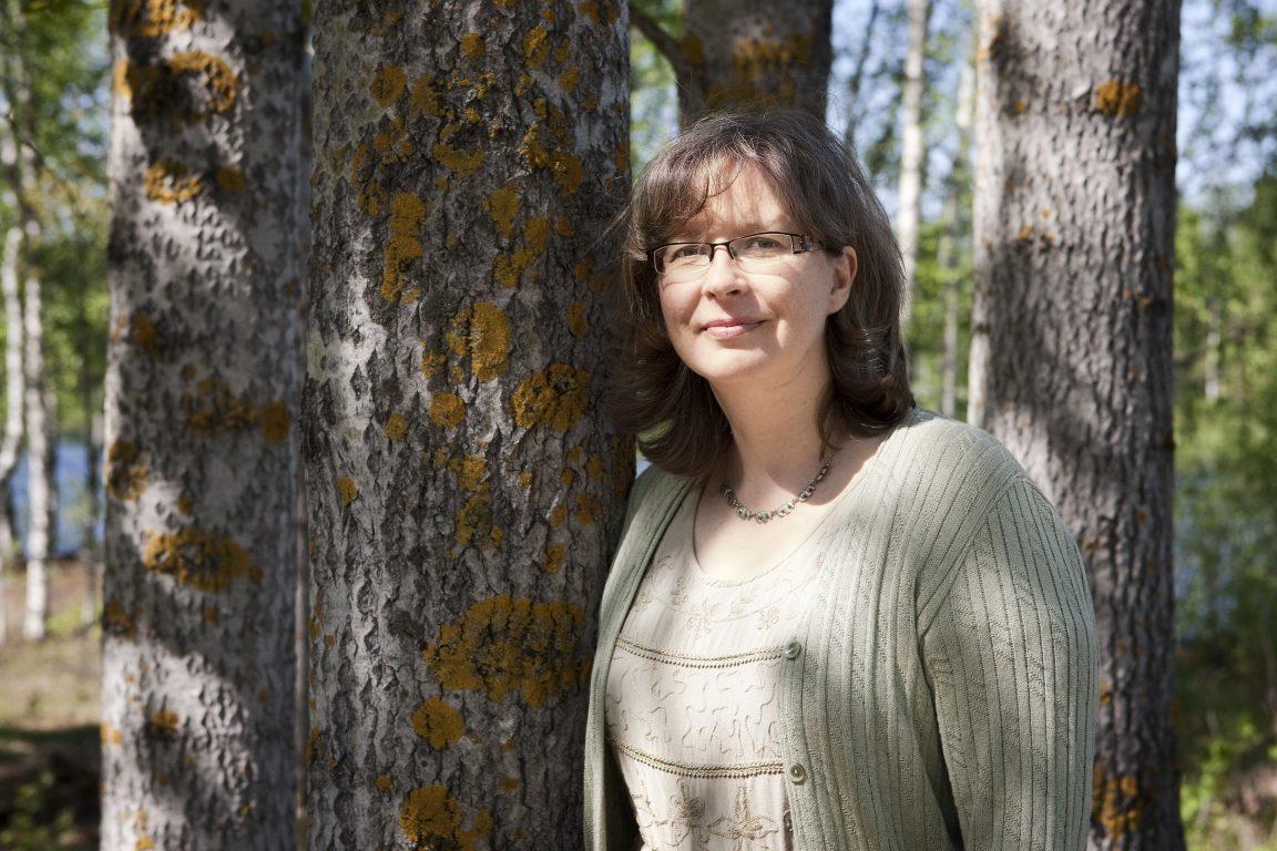 Metsä- ja ekokirjailija, TT Pauliina Kainulainen